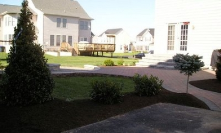Benefits of Walkways to Enhance the Beauty and Function of Your Front Yard | Potomac MD