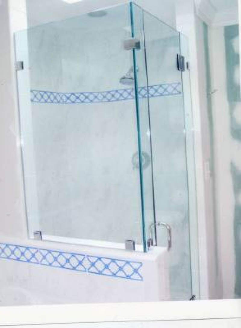 Considering the Benefits of Using Shower Glass Doors for Remodeling ...