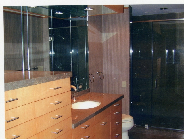 Three Types of Bathroom Mirrors to Consider for Your Home | Arlington, VA